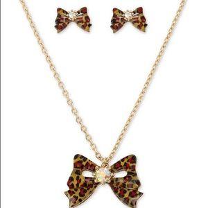Betsey Johnson Gold Tone crystal animal Print Bow